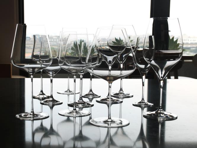 化繁為簡,葡萄酒杯