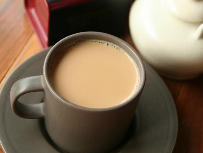 溫潤醇美,鍋煮豆香奶茶