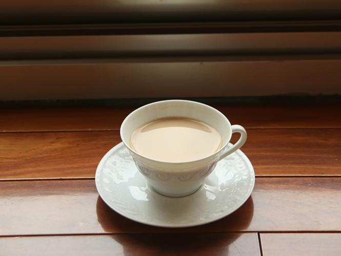說說奶茶:紅茶先?還是牛奶?